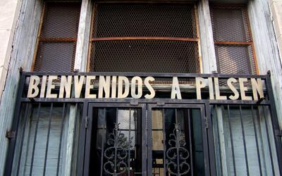 Pilsen es un barrio con más de un 80% de población mexican...
