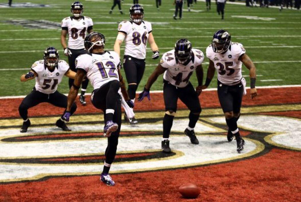 Seguramente Jones le dedicó el touchdown al emblemático Ray Lewis al rea...