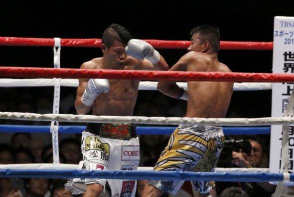 El filipino quiso sacar la garra, pero la superioridad del campeón era m...