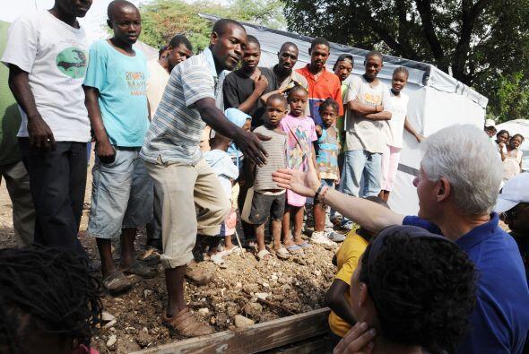 Los dos presidentes de la reconstrucción haitiana han pedido un p...
