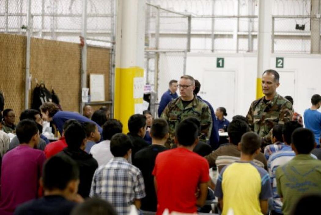 Menores inmigrantes indocumentados, refugio en base militar
