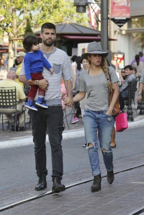 Aunque Shakira viaja a casi todos lados con su hijo, siempre queda el es...