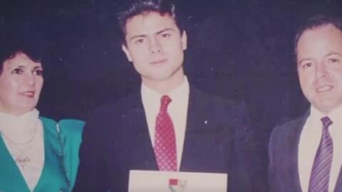 Acusan a Enrique Peña Nieto de plagio en su tesis universitaria