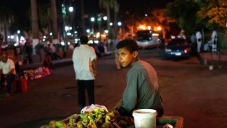 Un menor de edad del estado de Oaxaca que trabajaba en un mercado fue ma...