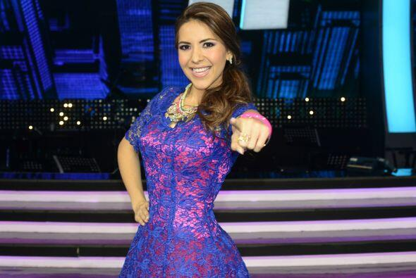 ¡Sigue a Aly Villegas con todo su exclusivo material en backstage,...