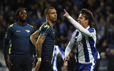 Porto goleó 3-0 al Moreirense.