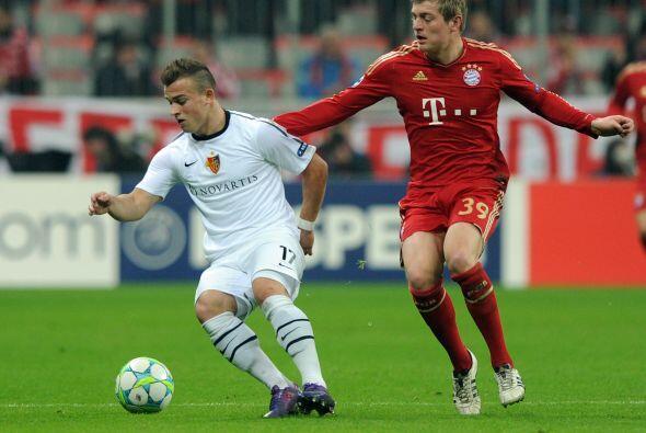 Bayern Munich y Basilea también comenzaron su duelo.