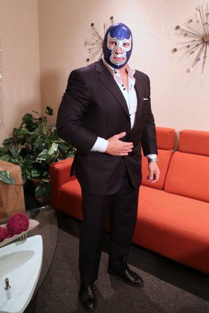 Se trata de Bleu Demon Jr, que vino a promocionar el programa 'Lucha Und...