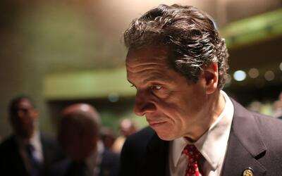 El gobernador de Nueva York inaugura un nuevo tramo del puente Kosciuszk...