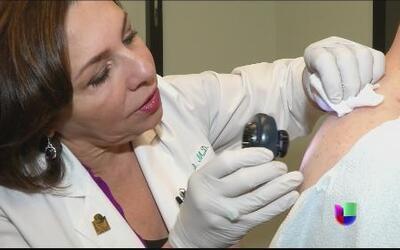Melanoma: cómo prevenir y tratar la aparición de lunares en la piel