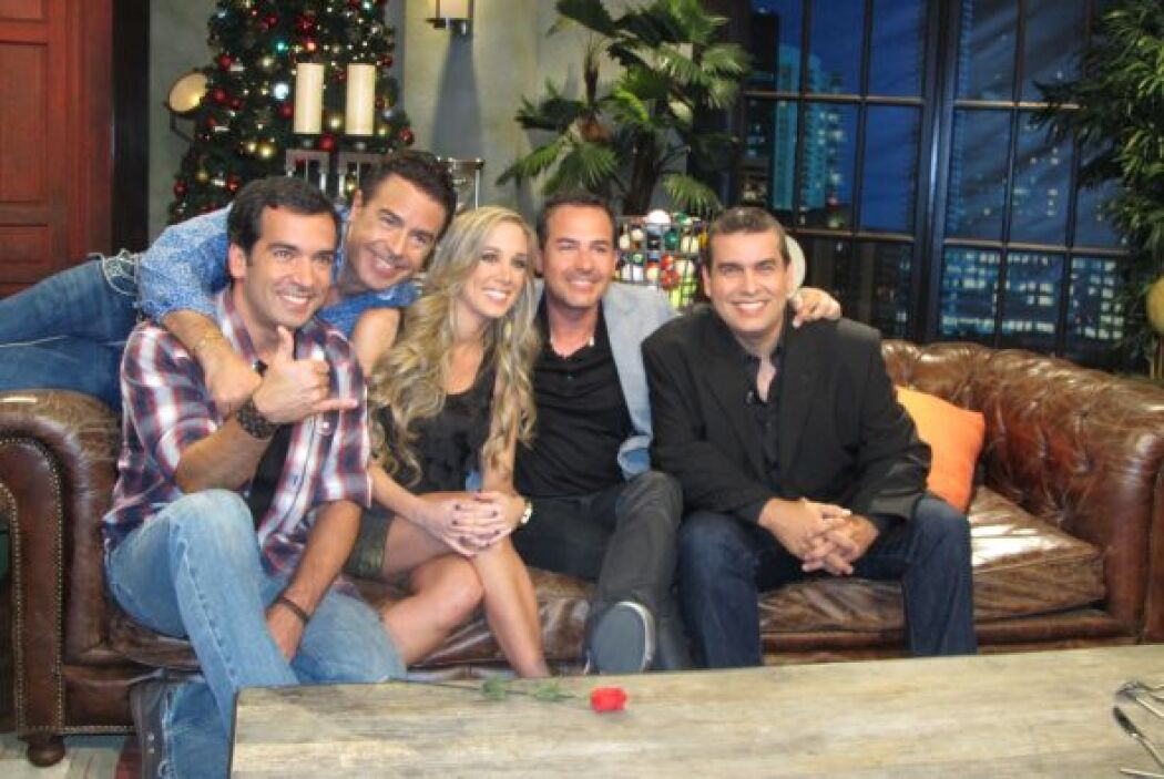 Luis y Alex también fueron invitados a este programa nocturno de Telefut...