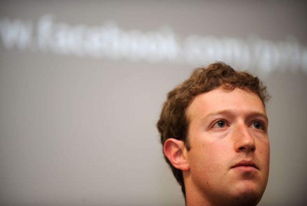 Zuckerberg vive en pareja con Priscilla Chan, estudiante de medicina que...