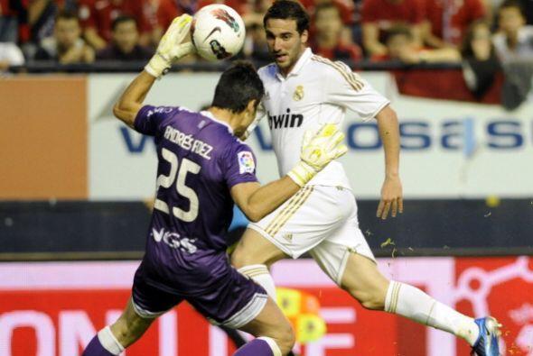 Ante la salida de Andrés Fernández intentó una vase...