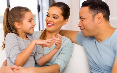 Pequeños y valiosos: la importancia de hablar español en casa
