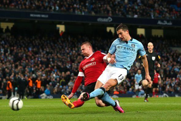 El hombre del Manchester City se hizo presente con un tanto en la golead...