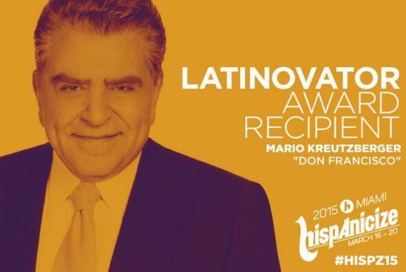 Don Francisco recibió un gran honor durante el evento Hispanicize.