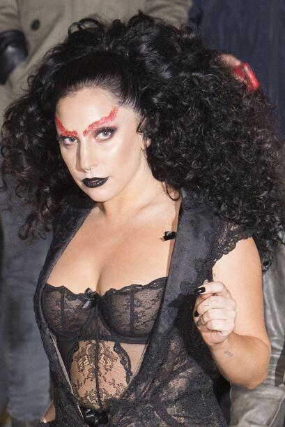 Parece que a la cantante se le adelantó la noche de brujas y sac&...
