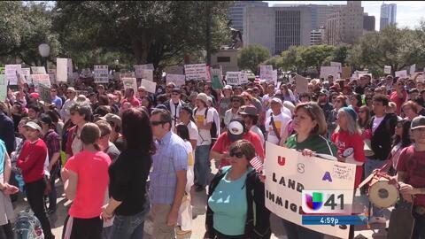 Residentes de San Antonio se unen al Día de acción por los derechos de i...