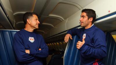 Juan Pablo Ángel y Juan Carlos Osorio conversando