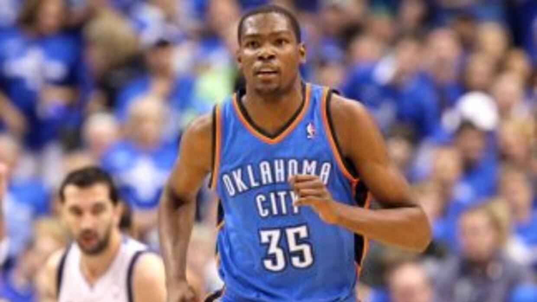 Kevin Durant jugaría junto a Deron Williams y, probablemente, Kobe Bryant.