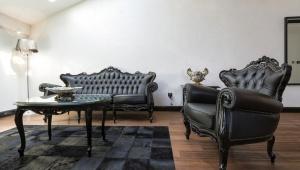 reacomodar muebles
