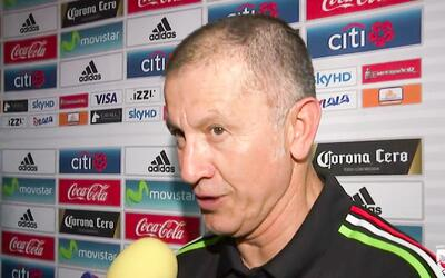 Osorio apostó, perdió y cumplió, y como resultado se unió al look de 'Ch...