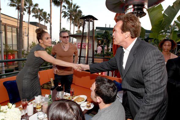 Inauguración VIP con Jennifer López, Schwarzenegger, Miss USA y Mario Ló...