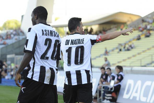El 2-0 fue definitivo y Udinese comparte el liderato con Juventus.