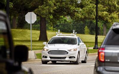 Ford ha estado probando un Fusion autónomo en las calles de Palo...