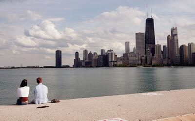 Dan apertura oficial a las 27 playas en Chicago