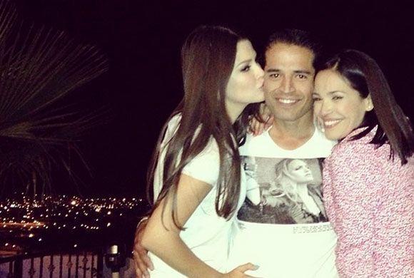 """#TBT #Chihuahua #Party #Family #Love"", compartió Ana. (Marzo 20, 2014)"