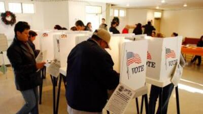 Se espera que más de 12 millones de latinos voten en las elecciones pres...