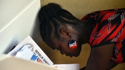 Los haitianos eligieron entre 50 candidatos presidenciales