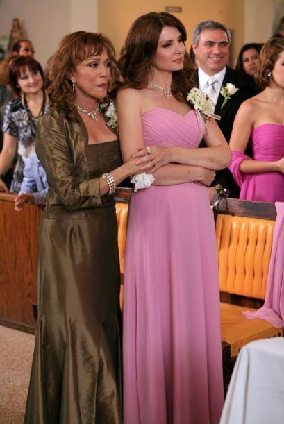 Pensar que por años, Matilde odió a su cuñada y ahora están unidas en es...