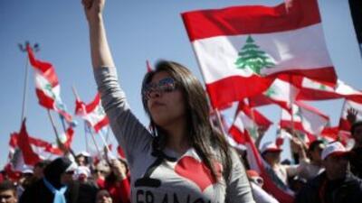 Un grupo pide el desarme de Habollah en Beirut.