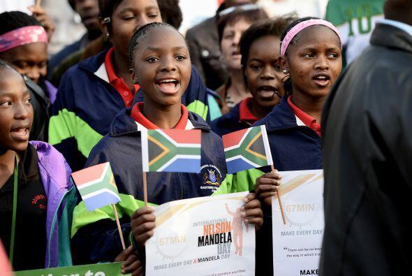 Nueve de cada diez jóvenes de este país de 50 millones de habitantes ded...