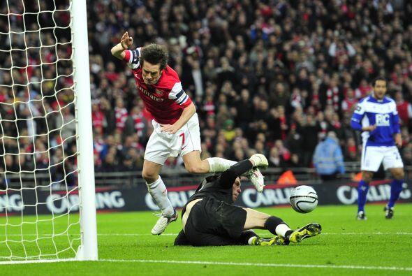Foster fue una muralla para el Arsenal, que además de sus errores...