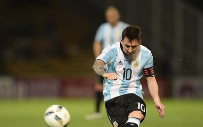 Feliz cumple Messi... ¿Sabes por qué le dicen La Pulga?