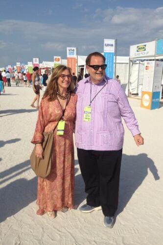 Milly y Raul de Molina pasearon por el Grand Tasting Village del Festiva...