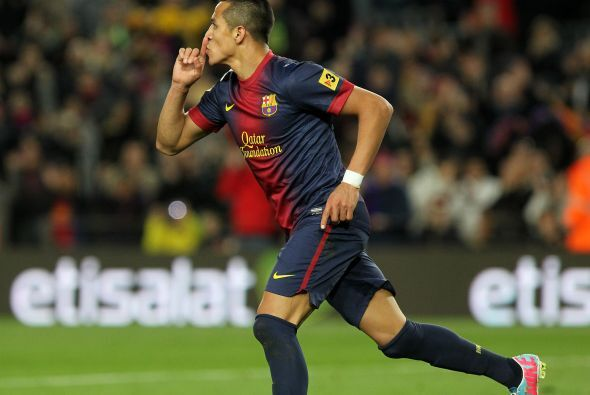 El chileno Alexis fue otro que se reivindicó con un doblete y dos asiste...