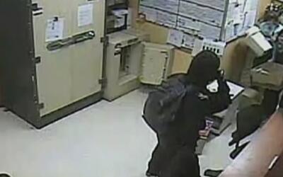 Publican video del salvaje ataque de un empleado a sus compañeros en un...