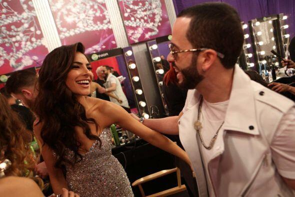 Alejandra y Yandel estuvieron platicando, ¿qué tanto se habrán dicho?