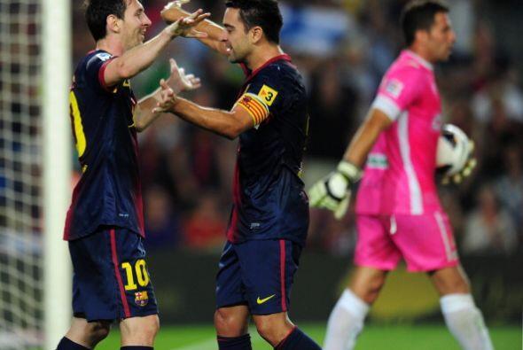 El baló fue rematado por el defensa Borja Gómez en un intento de despejar.