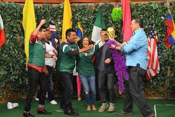 La felicidad se apoderó del equipo mexicano por derrotar al archirrival,...