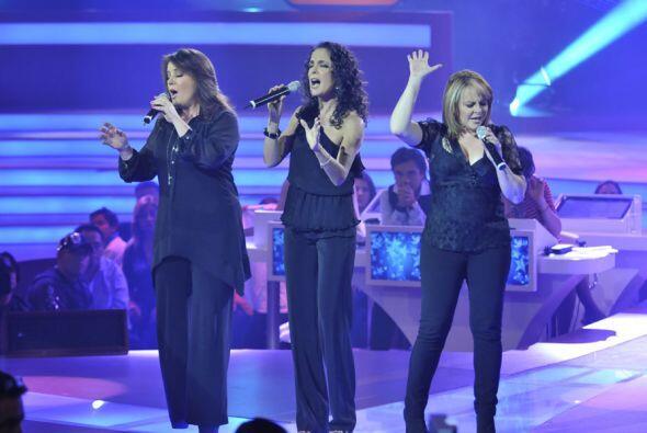 Las hermosas voces de Isabel, Mayte y Fernanda estremecieron a todos los...