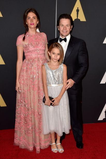Ella Wahlberg junto a su mujer e hija.