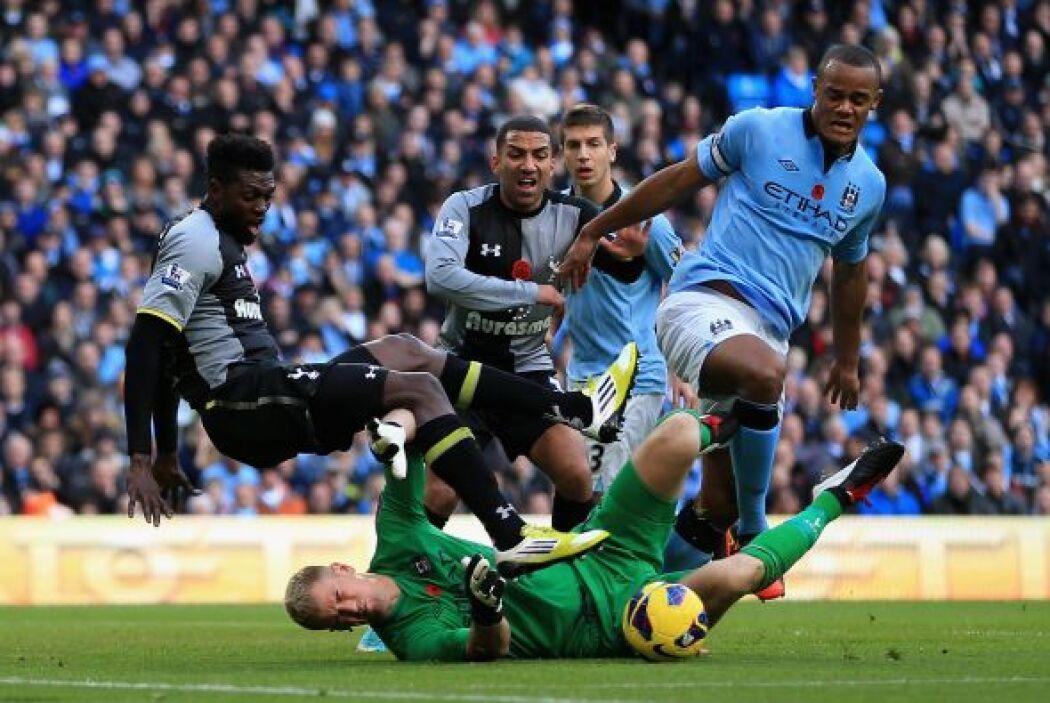 Por su parte, el Manchester City pasó algunos problemas en su partido co...
