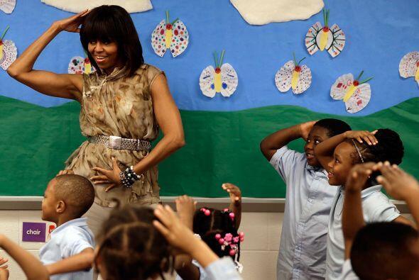 La primera dama de Estados Unidos también tiene músculos d...