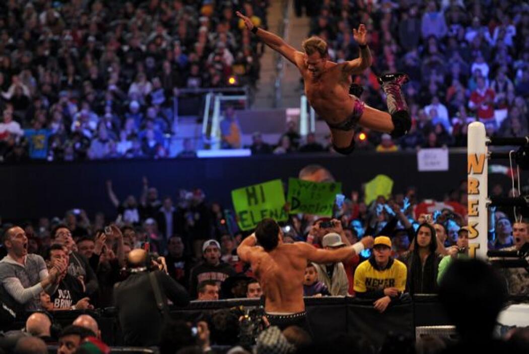 Una pelea muy atractiva y con final sorpresa fue la de Chris Jerico cont...