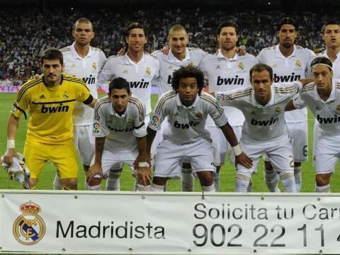 Y volvió el fútbol a España con una nueva edición del 'Derby' ibérico en...